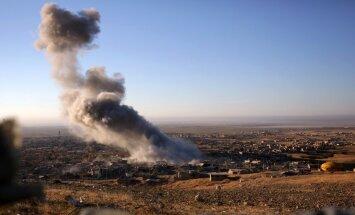 Irākas kurdu spēki bloķē svarīgu 'Islāma valsts' apgādes līniju