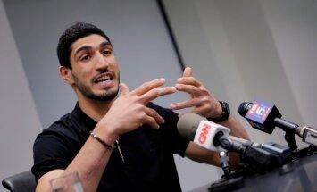 Turcija izdevusi orderi NBA zvaigznes Kantera arestēšanai