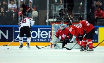 IIHF 'nenopietnais' rangs: tātad brāļi Sedini pārģērbās par Daugaviņu un Dārziņu