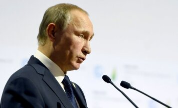 Ukraina ķērusies pie 'terora prakses', paziņo Putins