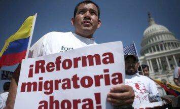 Desmitiem tūkstoši demonstrācijās pieprasa pilsonību ASV imigrantiem