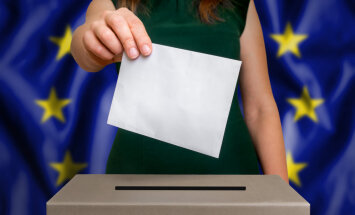 Евро в обмен на лояльность. Как ЕС готовится приостановить финансирование евроскептиков