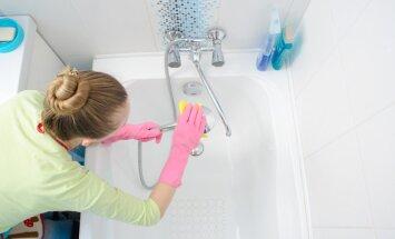 Spodrības mēnesis: no dušas uzgaļa līdz kabīnei jeb Padomi vannasistabas ģenerāltīrīšanai