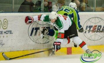 'Liepājas' hokejisti cieš negaidīti pārliecinošu zaudējumu valsts čempionāta mačā