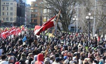 Saeima izbrāķē 'nacionāļu' ierosinājumu 16. martu noteikt par atzīmējamu dienu