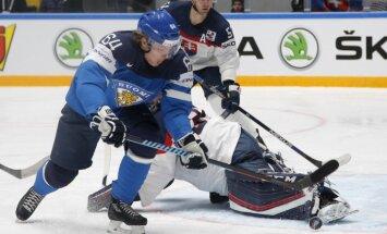 Video: Somija uzvaru gājienu PČ turpina pret slovākiem