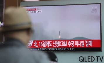 Ziemeļkoreja kārtējo reizi neveiksmīgi izmēģina ballistisko raķeti