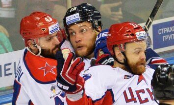 CSKA ar dramatisku uzvaru izvirzās vadībā Gagarina kausa finālsērijā
