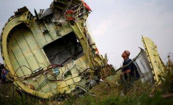 Krievijai jāuzņemas atbildība par Malaizijas pasažieru lidmašīnas notriekšanu, pauž ES un NATO