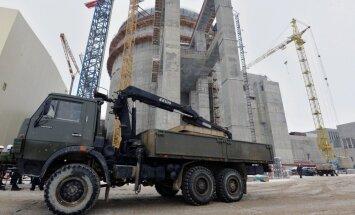 Kodoldegvielu Astravjecas AES reaktoram Baltkrievija cer saņemt novembrī