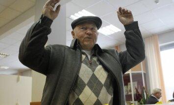Лужков назвал экономику России нежизнеспособной