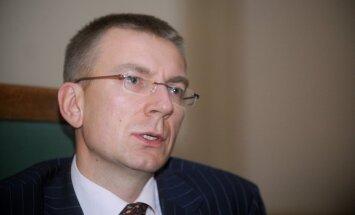 ES un Krievijas attiecību nākotne atkarīga no Minskas vienošanās izpildes, norāda Rinkēvičs