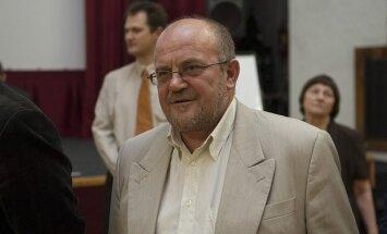 Ādamsons Saeimas komisijā skaidros savus izteikumus Krievijas medijos