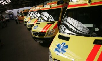 Atkal pagarina piedāvājumu iesniegšanu vērienīgajam Rīgas ātrās palīdzības auto iepirkumam