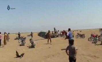 Sīrijā notriec helikopteru ar pieciem Krievijas karavīriem