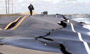 ASV austrumu piekraste sāk atgūties no vētras postījumiem
