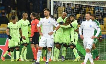 Mančestras 'City' Kijevā uzveic 'Dinamo'; PSV notur neizšķirtu pret 'Atletico'
