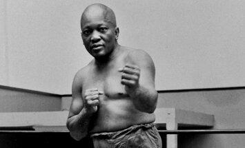 Трамп посмертно помиловал первого чернокожего чемпиона мира по боксу