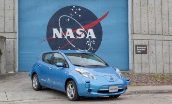 'Nissan' un NASA kopīgi radīs bezpilota auto