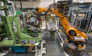 Robots KUKA un darba vieta garantēta