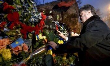 Porošenko aicina 'saukt vārdā teroristu atbalstītājus'