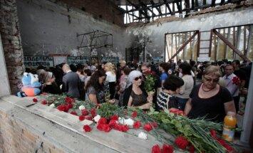 Во время панихиды по погибшим в Беслане задержали матерей и журналисток