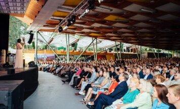 Foto: krāšņi noslēdzies festivāls 'Summertime – aicina Inese Galante'
