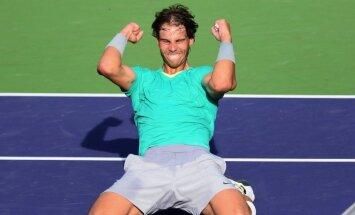 Nadals astoto reizi vēsturē triumfē Barselonas ATP turnīrā