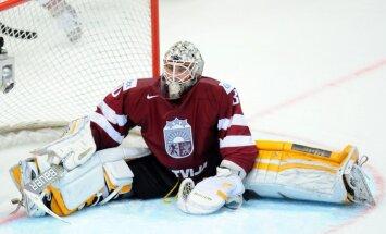 Latvijas izlases vārtu drošība mačā pret Krieviju uzticēta Merzļikinam