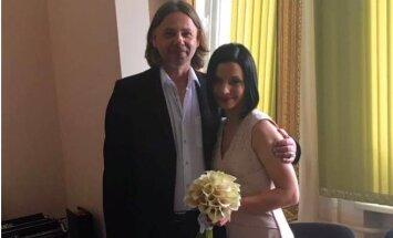 Režisors Dž.Dž.Džilindžers apprecējies sesto reizi