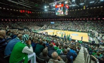 Video: Kā 'Žalgiris' arēnā hokeju strauji nomaina basketbols