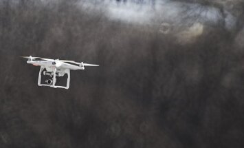 Latvijā virs militārajiem objektiem ik pa laikam lidinās aizdomīgi droni