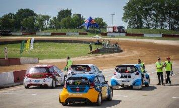 Saeima atbalsta autosporta un motosporta sacensību rīkošanu atļaut tikai licencētās trasēs