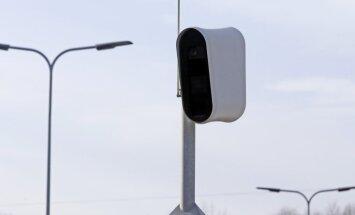 Cīnīsies pret ātruma pārsniedzējiem, kuri piebremzē tikai pirms fotoradariem
