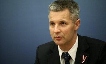 Krievijas vērienīgajām mācībām 'Zapad 2013' nav aizsardzības mērķi, norāda Pabriks