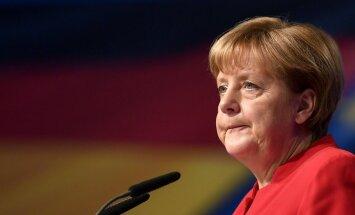 Меркель передала британцам досье на Путина