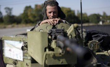 Kijeva: Krievija tikai pārbīda karaspēku, nevis to izved no Ukrainas