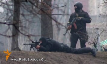 Janukovičs, opozīcijas un ES pārstāvji vienojušies par krīzes noregulēšanu