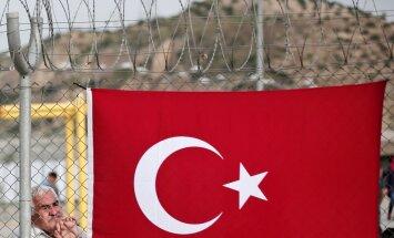 Турция грозит расторгнуть соглашение с ЕС по беженцам до конца года