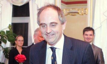 Лукас: в ответ на пропаганду Кремля страны Балтии должны сообщать об истории успеха