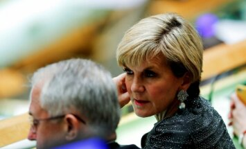 """Глава МИД Австралии требует трибунала по делу сбитого """"Боинга"""""""