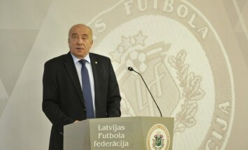 LFF valdes locekļus un biedrus neinformēja par naudas solījumiem; neuzskatīja par vajadzīgu