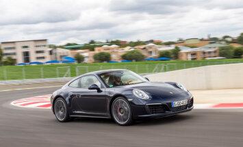 'Porsche 911' turpmāk tikai ar turbospēku
