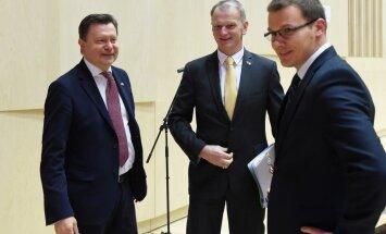 Foto no kongresa: VL-TB/LNNK turpinās vadīt Bērziņš un Dzintars