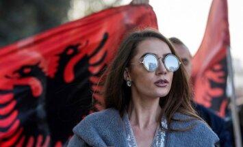 Maķedonijas likumdevēji apstiprina albāņu valodu kā otru oficiālo valodu