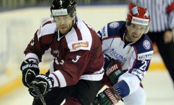 Latvijas hokeja izlase līdzīgā spēlē piekāpjas Krievijas valstsvienībai