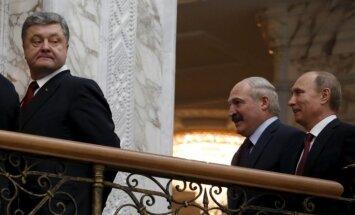 Porošenko pieprasa Putinam atbrīvot ukraiņu politieslodzītos