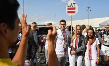 Bagāžas aizkavēšanās dēļ Latvijas olimpieši Rio izpalīdz viens otram ar apģērbu