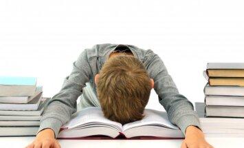 Мне кажется, что учителя сошли с ума. Родители школьников - о том, что не так со школами в Латвии