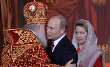 Ukrainas un Krievijas patriarhu Lieldienu vēstījumus aizēno politika